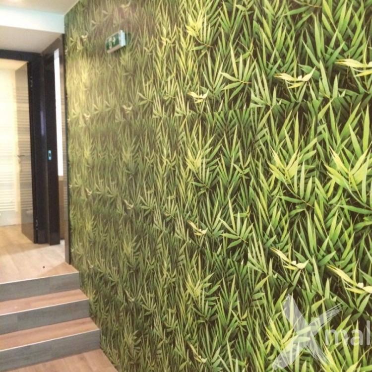 Lepení těžké fototapety v motivu bambus
