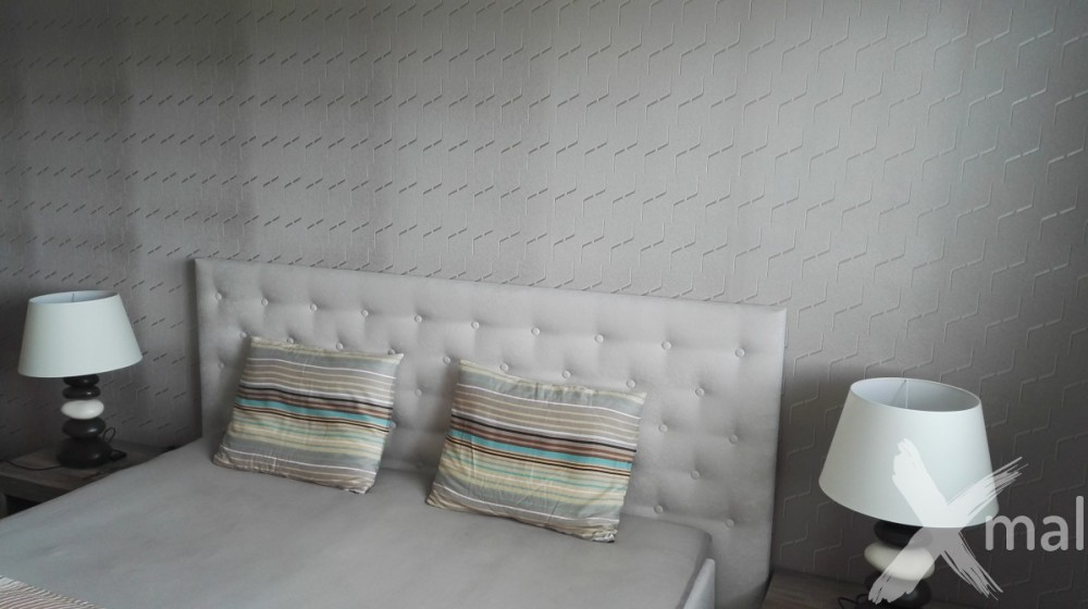 ložnice s tapetami