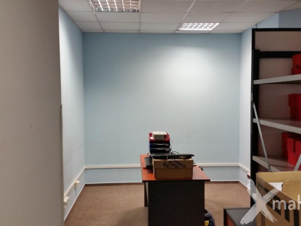 před malováním kanceláří 1