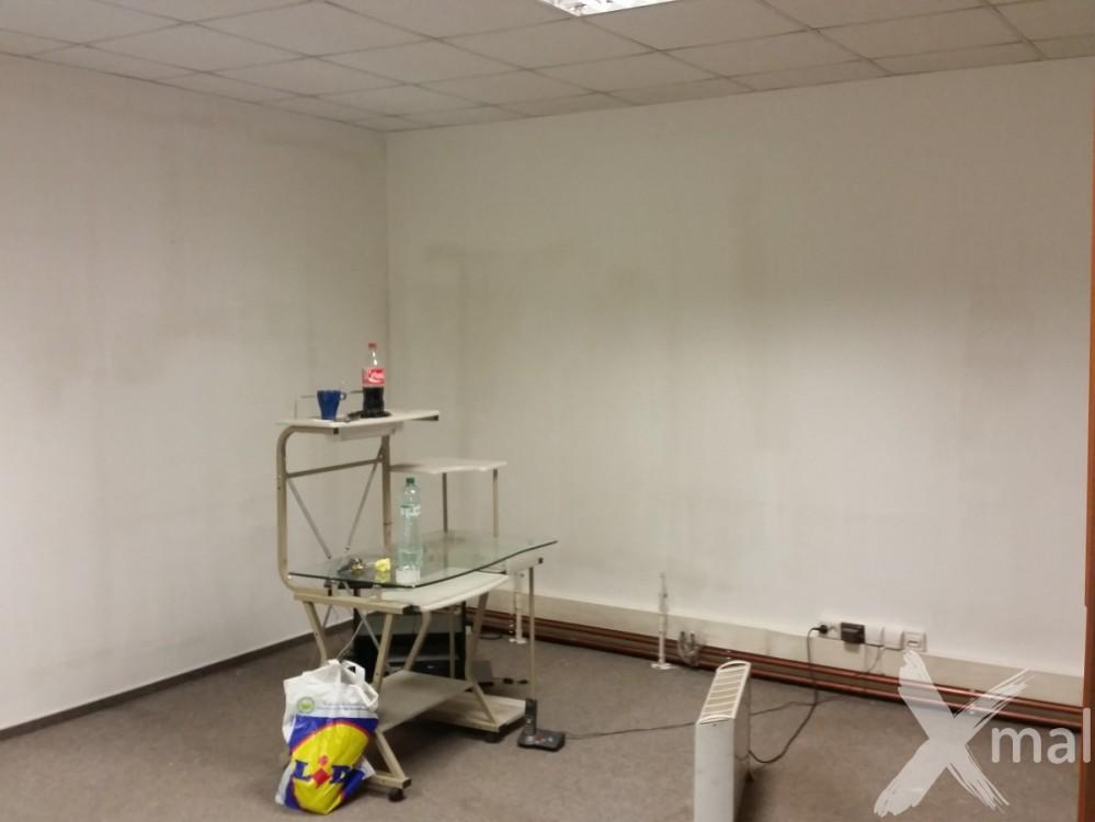 před malováním kanceláří 4