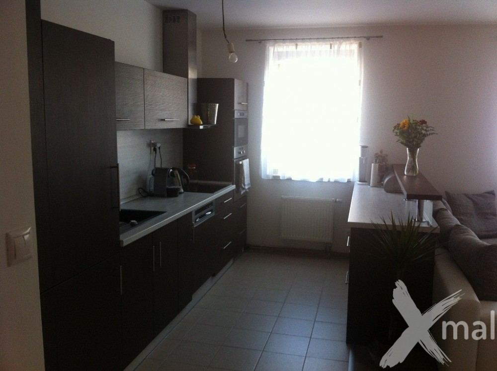 kuchyně na míru 7