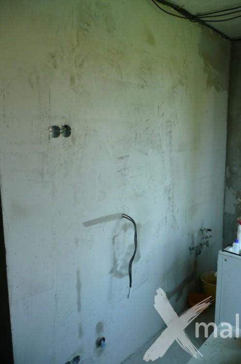 Štukování stěny v kuchyni