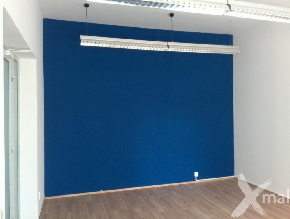 Malování kanceláře - inspirace modré stěny