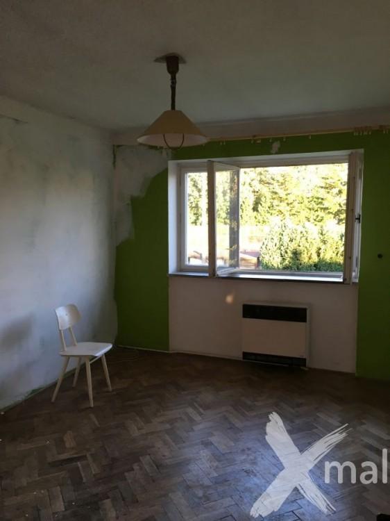 Ložnice během malování