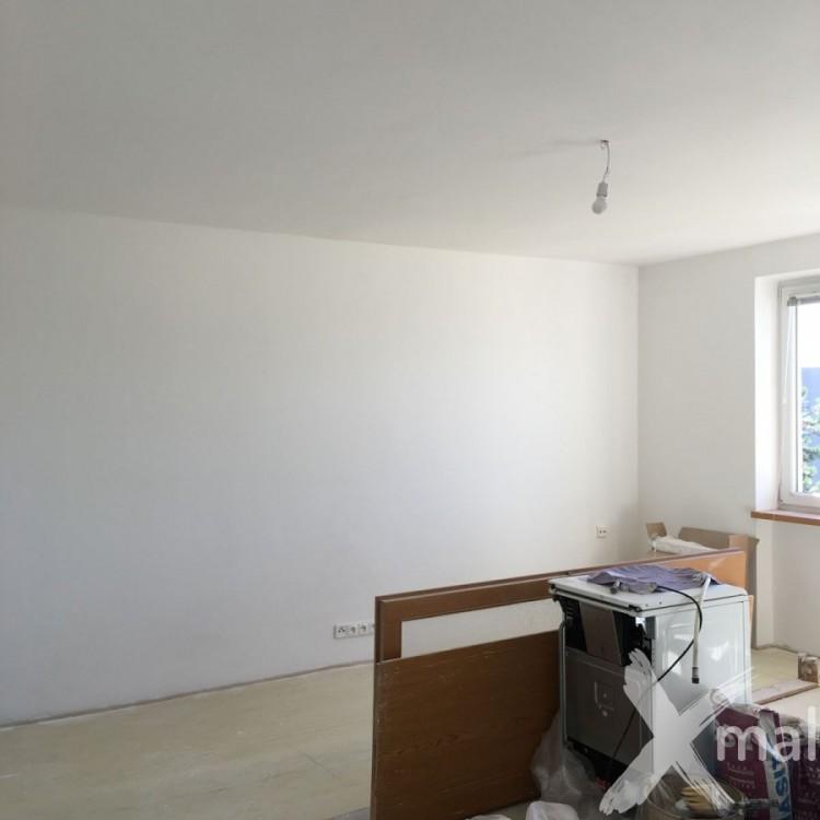 Malířské práce - obývací pokoj