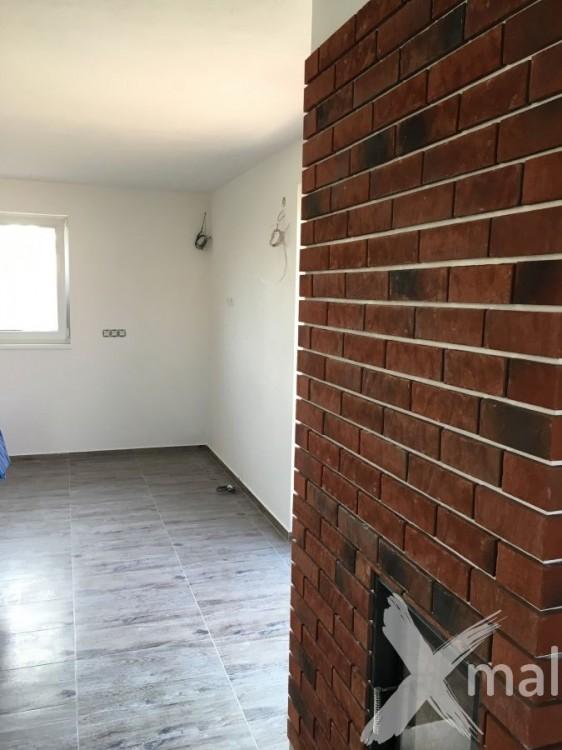 Obývací pokoj po malování