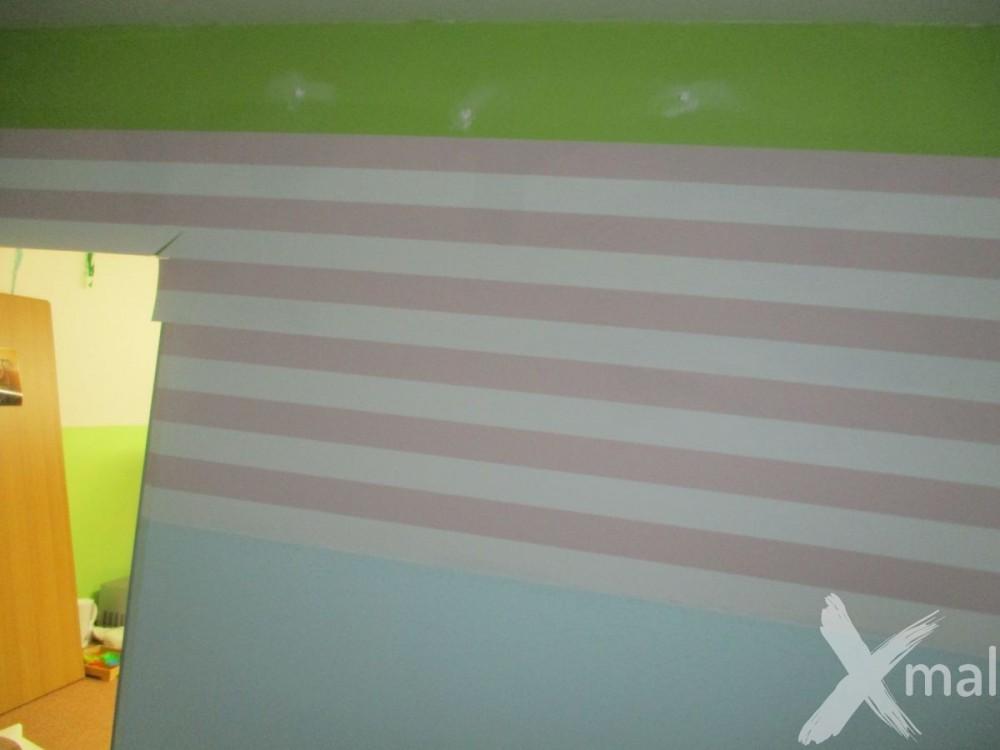 lepení tapety kolem dveří