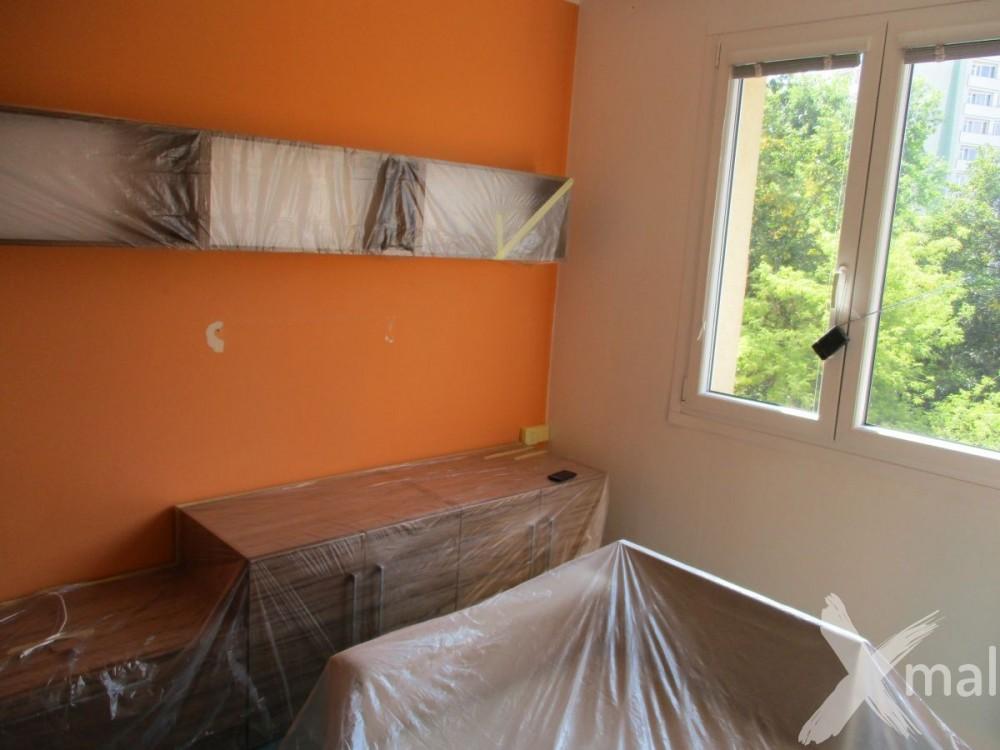 Obývací pokoj před malováním