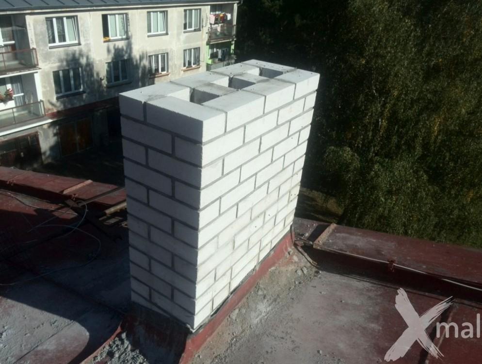 Průběh rekonstrukce komínů bytového domu č4