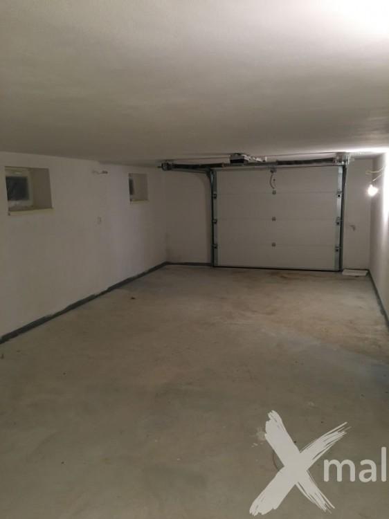 Malování garáže