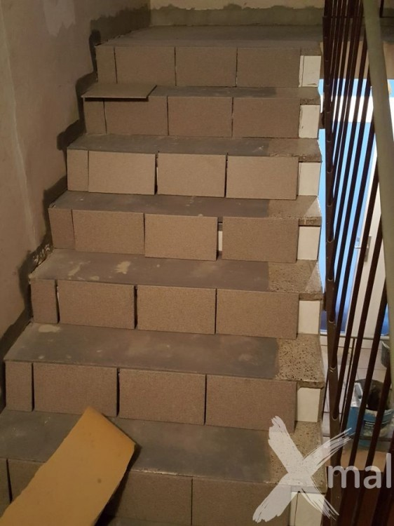 Obkládání schodů