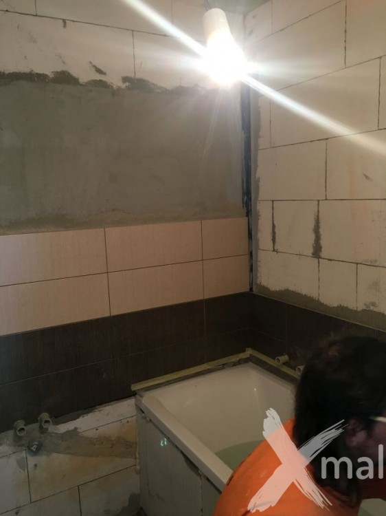 Obkladačské práce v koupelně