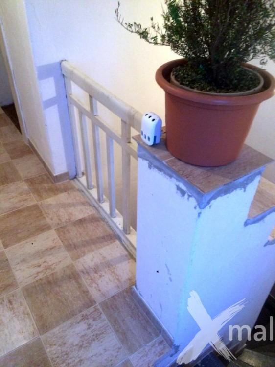 Lokální opravy zdí před malováním