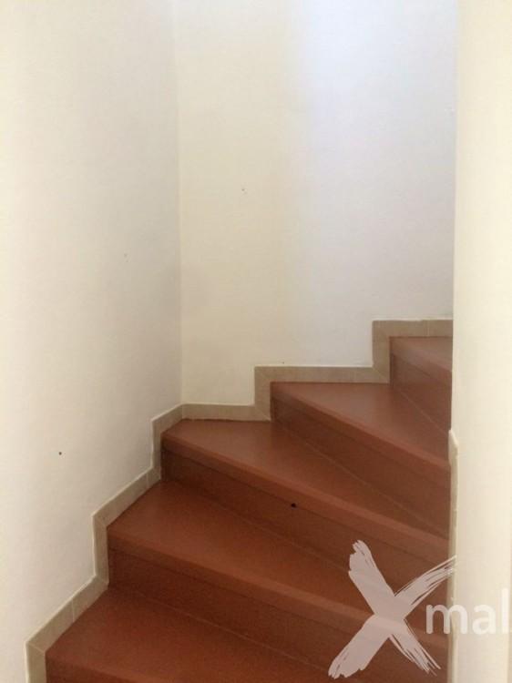 Obnova nátěru betonových schodů