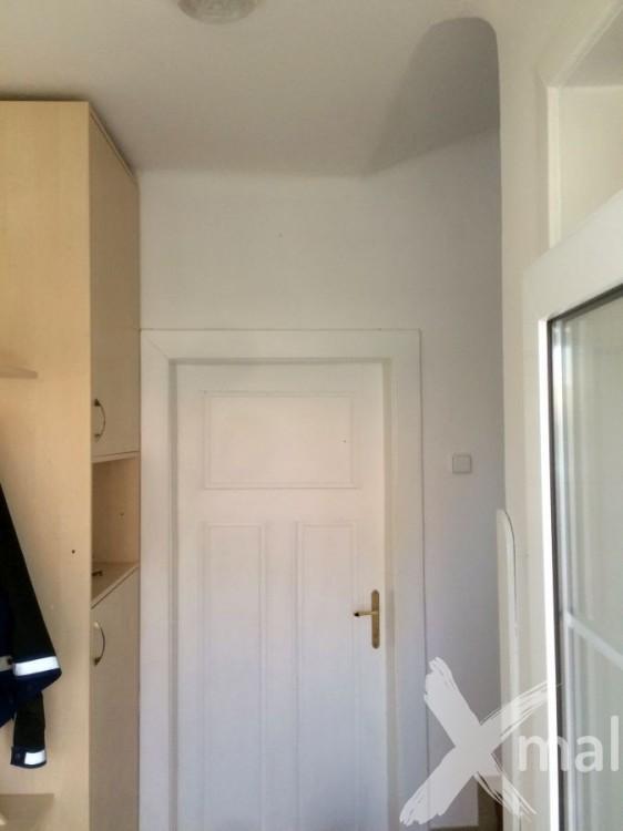 Malování chodby bytového domu