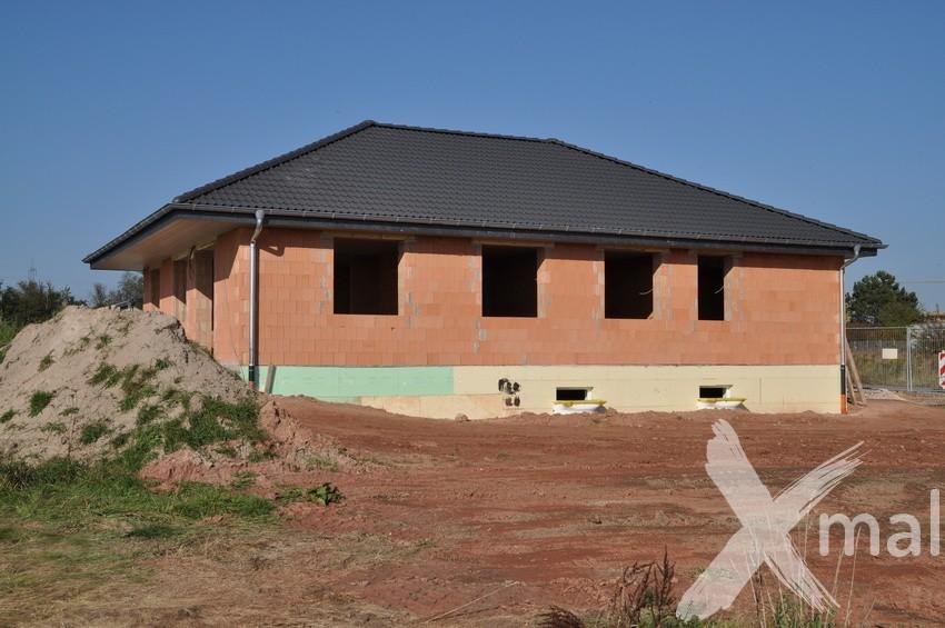 Hrubá stavba bungalov