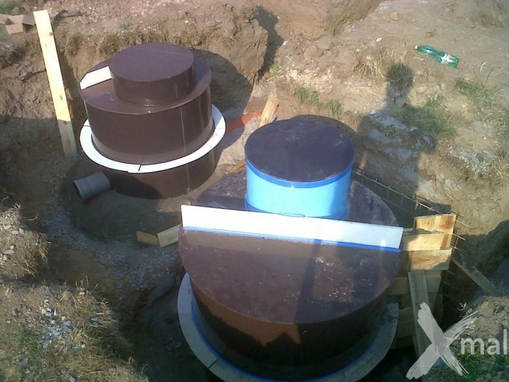 Usazení vodovodní a kanalizační šachty